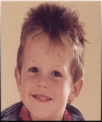 Les coupes cheveux femmes hommes enfants 2014 coifure pour enfant gar on for Comcoiffure garcon enfant