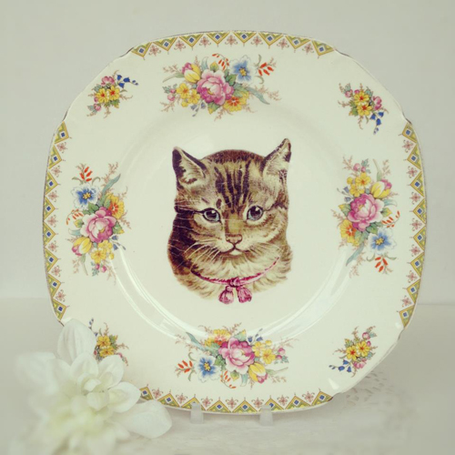 Pilfered+Decoupage+Transferred+Plates+Cat+Decal+on+Vintage+Saucer+Plate Painted and Decoupage Retro Vintage Patterned Crockery From Pilfered