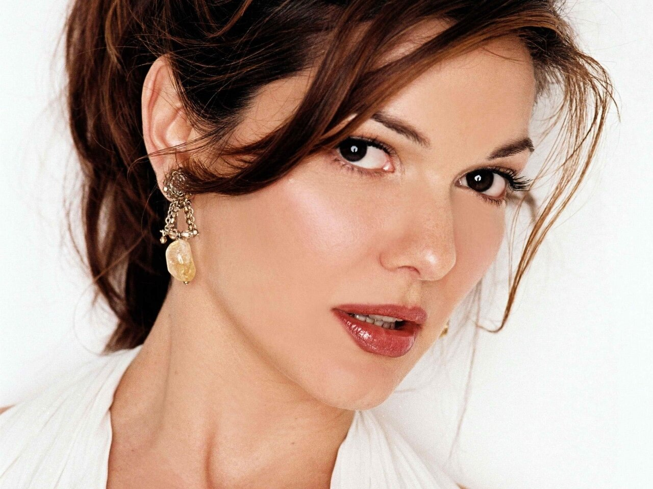Laura harring actress join