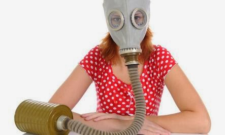 9 Signs You're In A Toxic Relationship  - woman wear mask gases