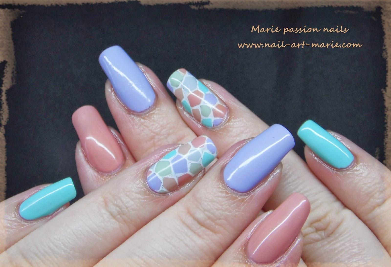 nail art mosaïque pastel7