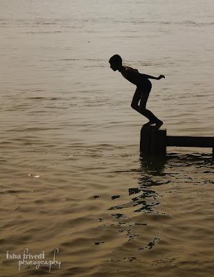 """Ganga Snaan clicked by Isha Trivedi in Varanasi morning Jumping """"Isha Trivedi"""" """"Varanasi"""""""