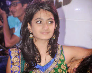 Palak Tiwari   Daughter of Shweta Tiwari spicy Pics (1).jpg