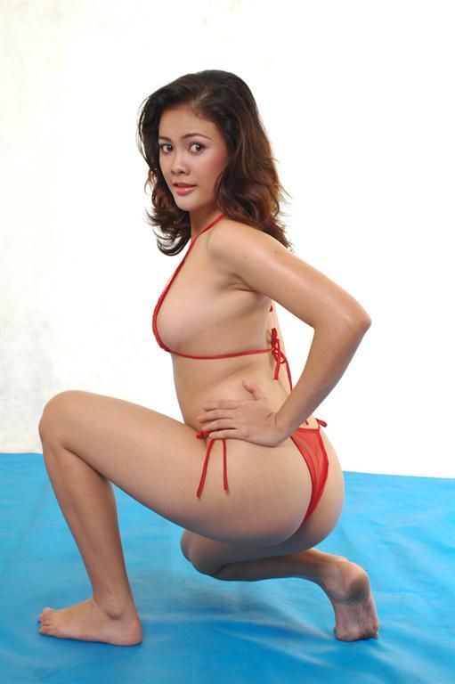kiki farel red bikini bokep streaming tante