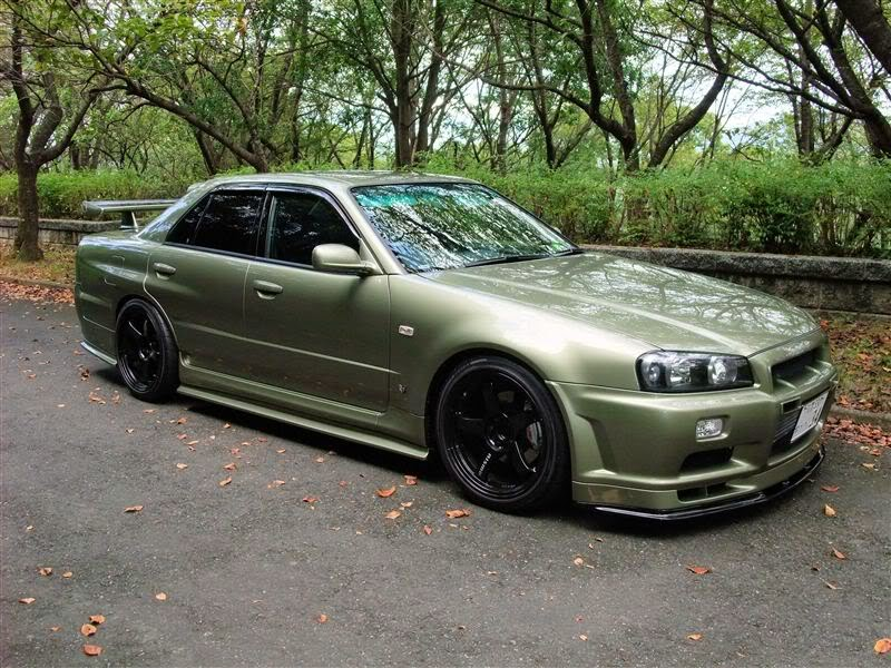 Modified Nissan Skyline GT-Four R34