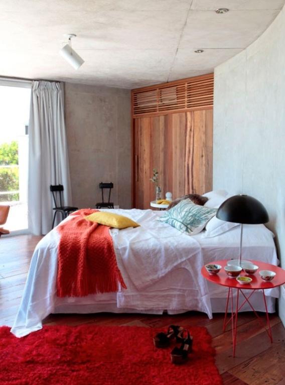 Blog de decoracion os muestra casa de diseño abierto con un interior vitalista y colorido chic and deco