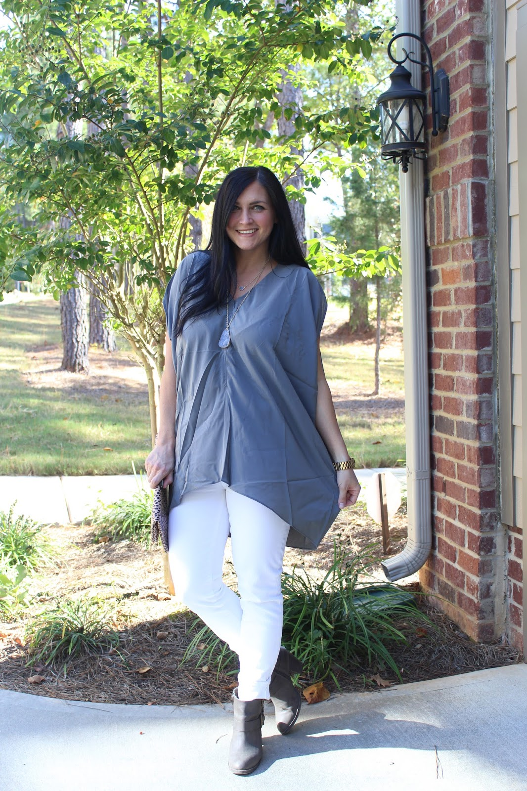 White jeans, grey tunic