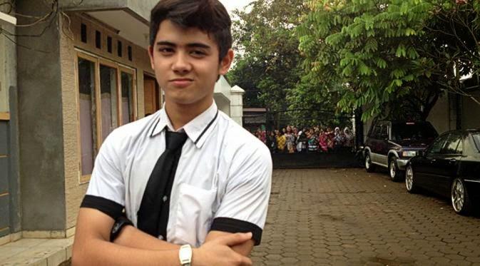 Biodata Lengkap Aktor Aliando ( Ali Syarief ) Pemain Film GGS