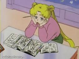 Serena estudiando
