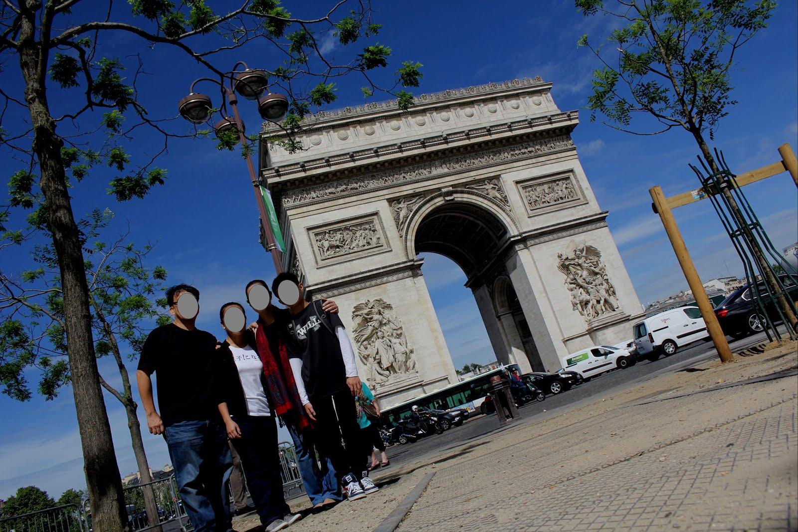 Stay, Stray, Play and Feast: Arc de Triomphe de l'Étoile ...