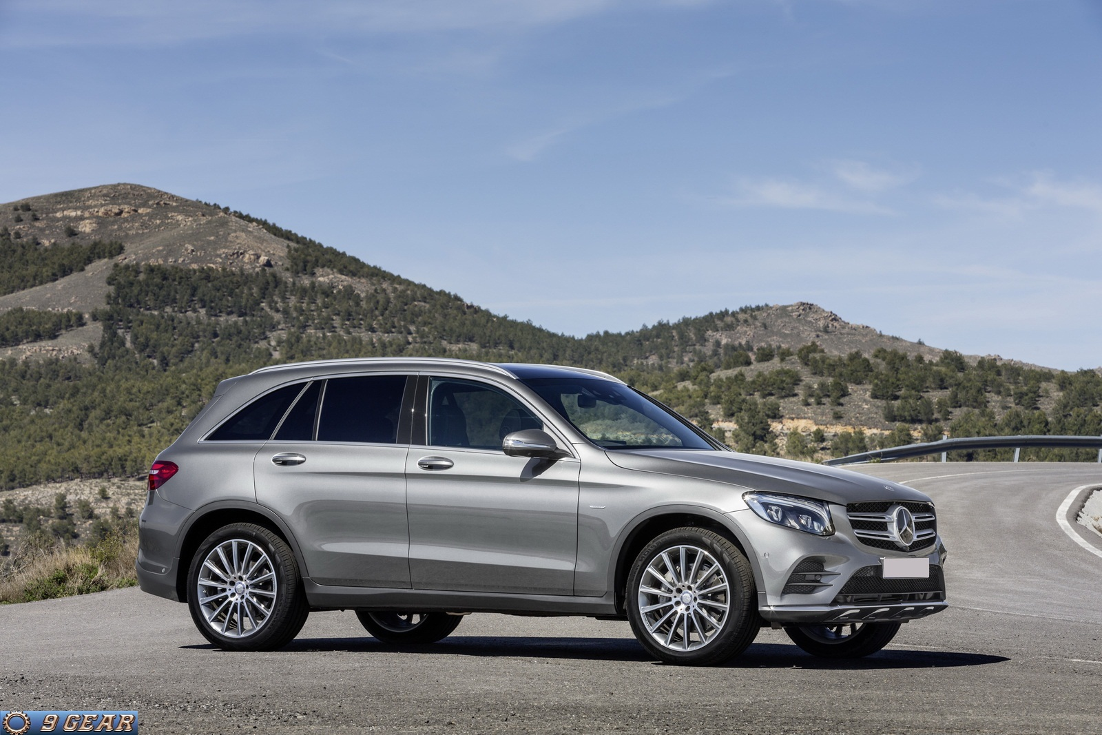 2016 mercedes benz glc class suv car reviews new car pictures for 2018 2019. Black Bedroom Furniture Sets. Home Design Ideas