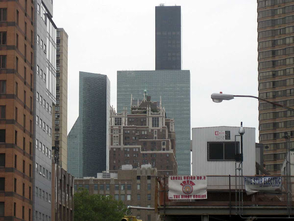 1st Ave. Cluster - Looking north on 1st Ave. from below 33rd St.