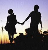 Cada dos minutos trato de olvidar todos los momentos que pasamos juntos...