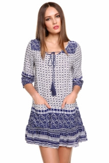 http://www.dressin.com/Vintage-Style-Women-Casual-Loose-Floral-Ruffles-Hem-Dress-Summer-Beach-Wear-g4560.html?utm_source=blog&utm_medium=banner&utm_campaign=lendy1895