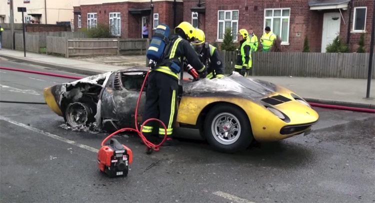 Man Sues Service Shop After 1 4 Million Lamborghini Miura Sv Blows Up