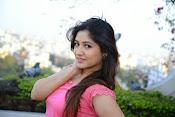 Prabhajeet Kaur Glamorous Photo shoot-thumbnail-22