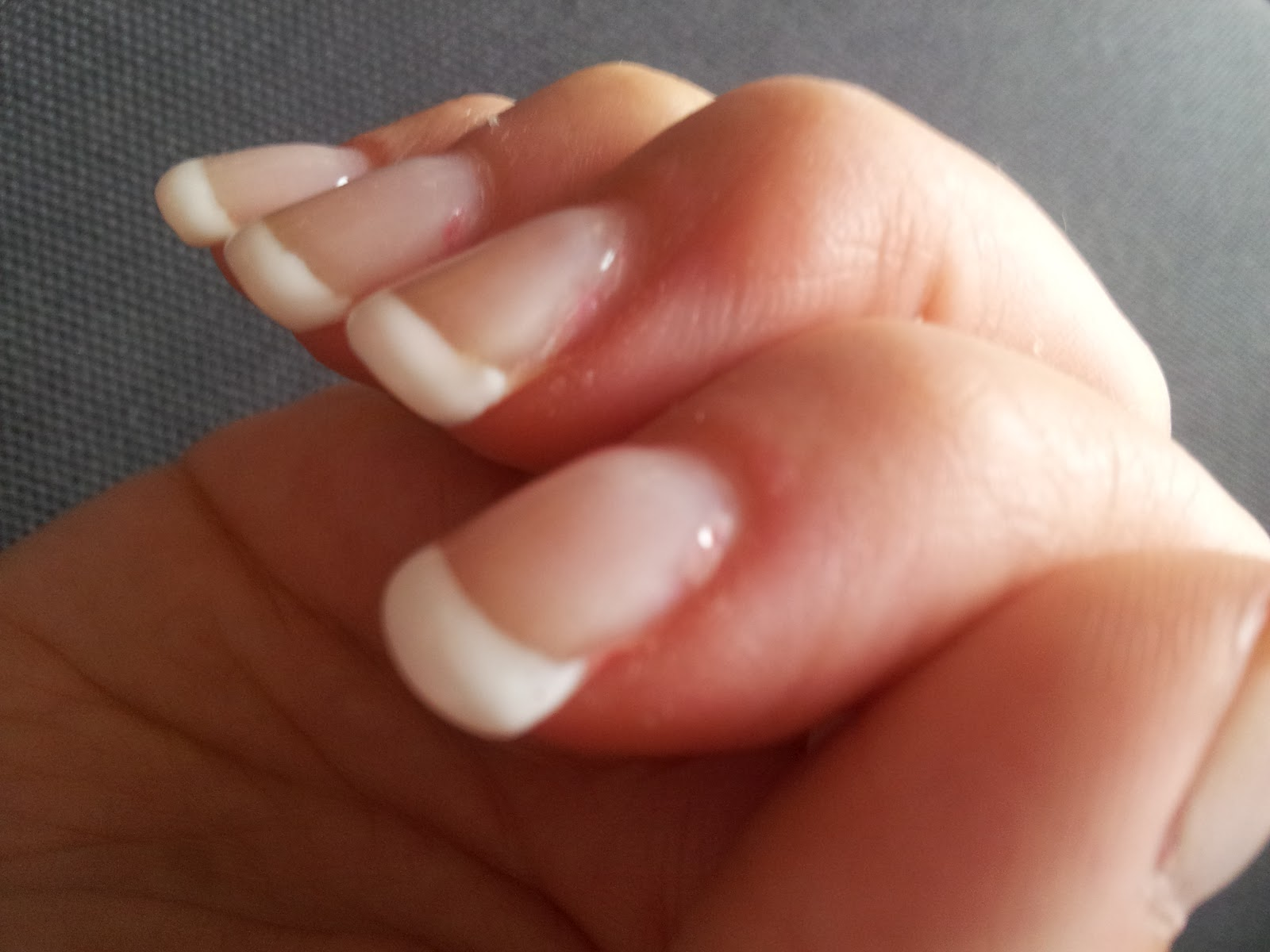 Ongles en gel trop epais - Photo ongle gel ...