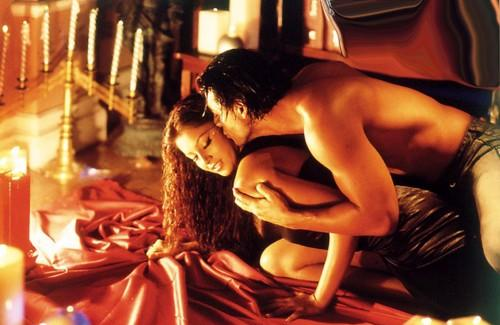 kristen stewart hot scene in adventureland. kristen stewart hot scene.