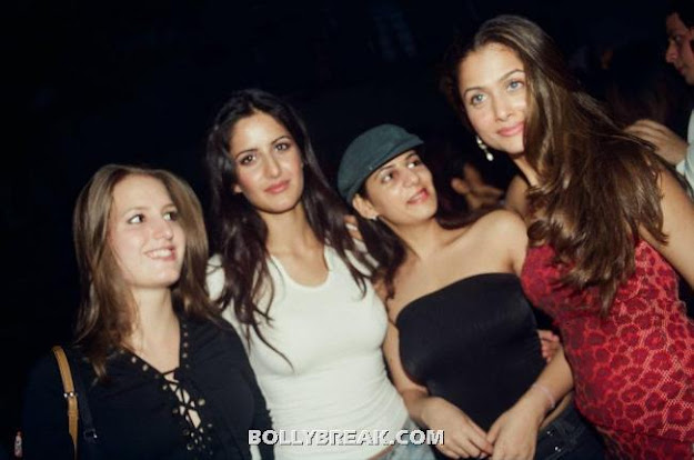 Katrina Kaiif in White top Old Picture with amrita Arora - (3) - Katrina Kaif Unseen Private Party Pics from 2004