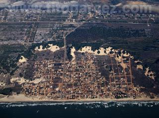 Vista aérea da praia do Abaís, localizada no município de Estância, em Sergipe