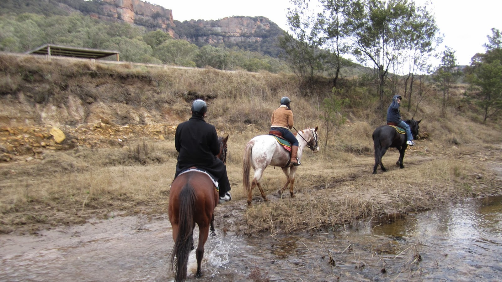 """Heritage Suites"" at Wolgan Valley nsw australia horse back riding"