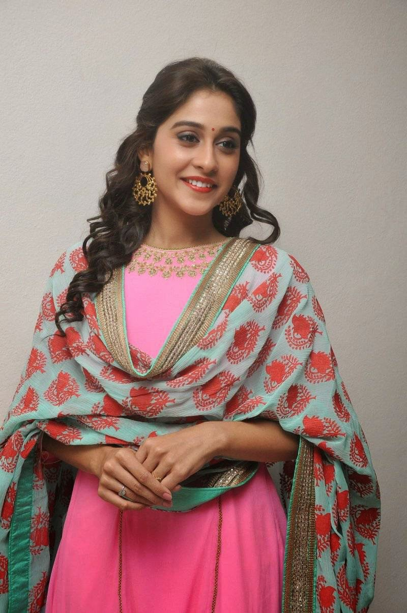 Regina Cassandra In Pink Dress Latest Photo