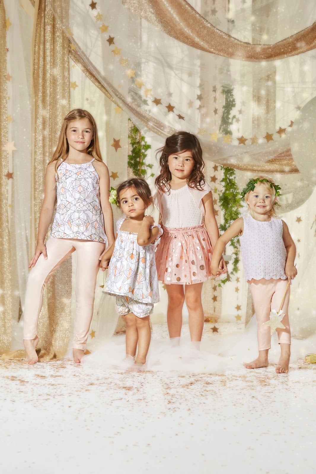 Twinnie World: Kardashian Kids at Big W: PHOTOS