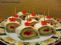 http://czerrrwonaporzeczka.blogspot.com/2014/01/roladki-z-tortilli.html