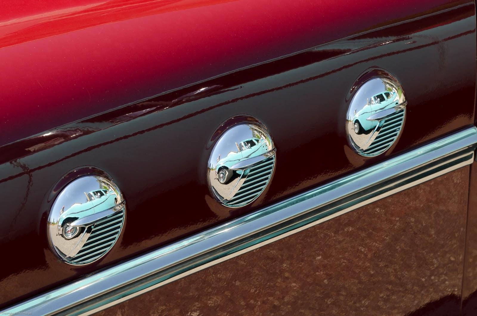 SKEPTIC PHOTO: CLASSIC CARS--MINNESOTA