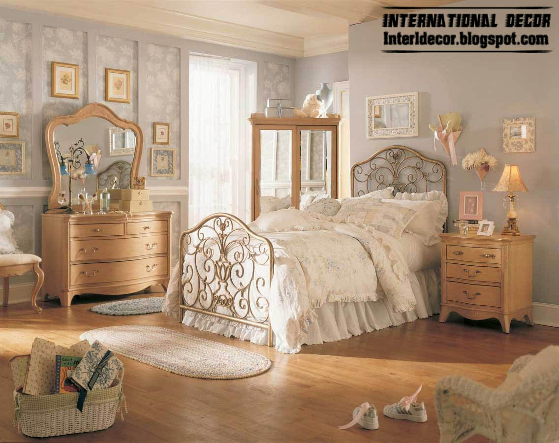 5 simple steps to vintage style bedroom for Bedroom furnishing designs