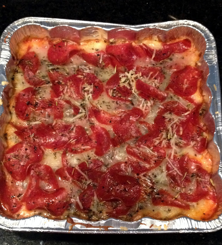Domesticated Duchess: Pepperoni Pizza Dip
