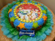 Torta de ½ kilo de Toy Story. decorada con laminado y la imagen es en papel .