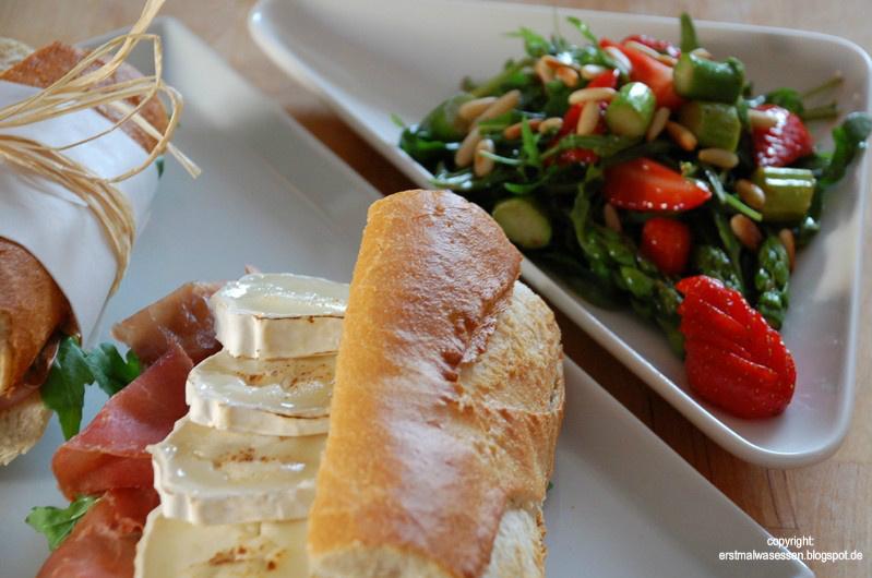 Salat mit ziegenkase baguette