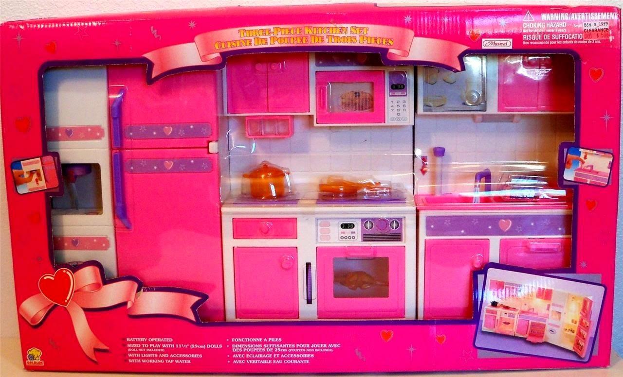 ... DA IDENTIFICARE E CATALOGARE: Mobili su misura per Barbie - NON Mattel