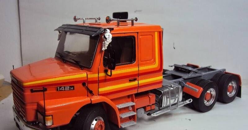 Modelismobr  Scania T142 - Italeri