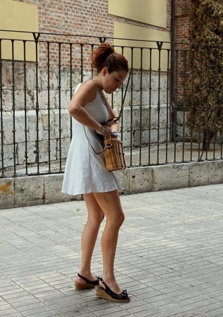Vestido blanco corto juvenil