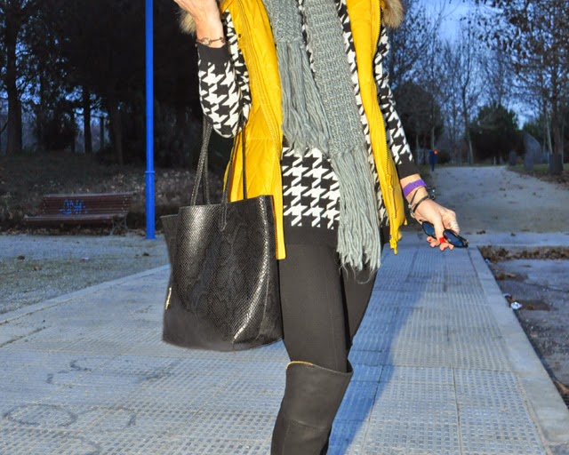 como combinar botas mosqueteras How to combine over-the-knee boots