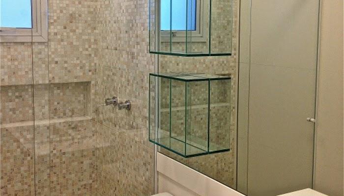 foto nicho de vidro para banheiro