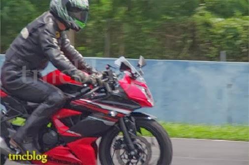Review Kawasaki Ninja 250