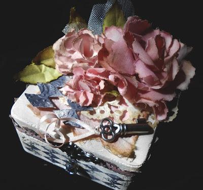 Tim Holtz tattered florals vintage box vintage shabby chic
