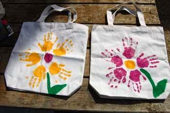 Bolsas ecológicas para compras estampadas con manos