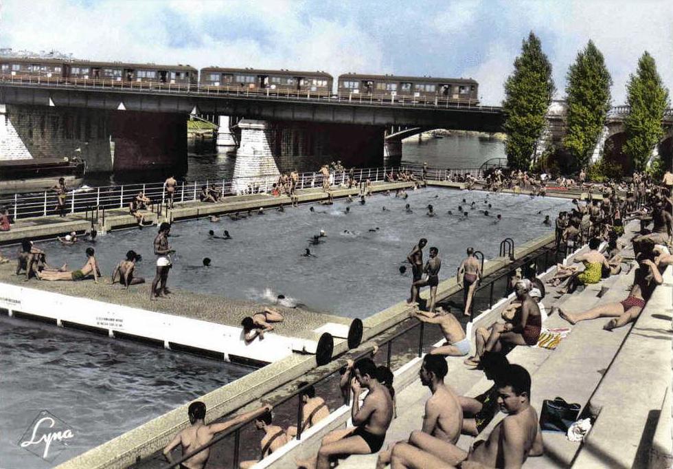 Transpress nz railway bridge at levallois asni res sur seine circa 1950 for Piscine levallois