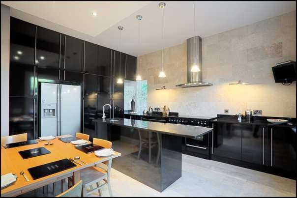 Modern kitchen sets interior modern home minimalist for Kitchen set minimalist design