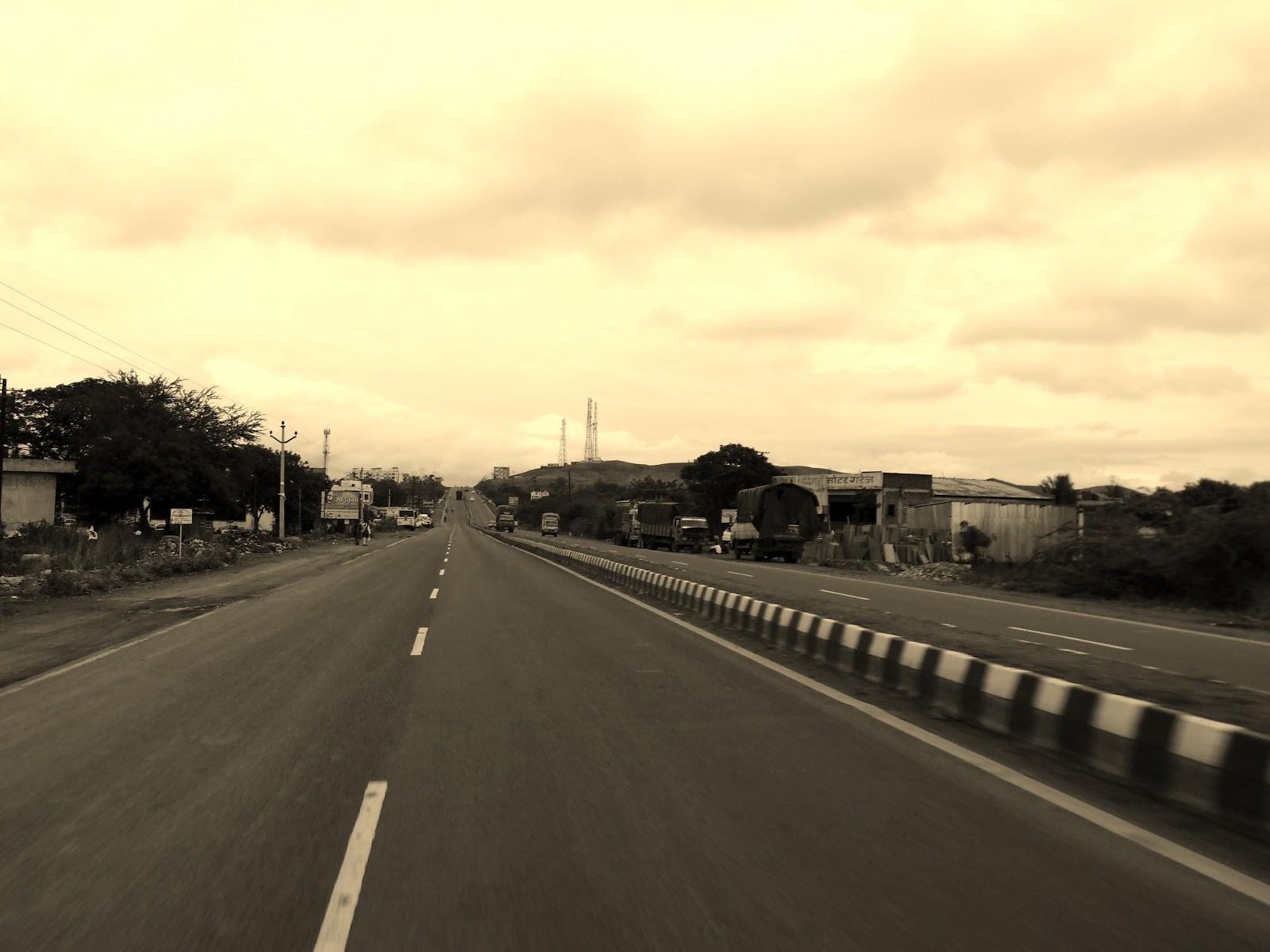 Bike ride from Pune - Ahmednagar - Pune via Kalashri Art Gallery