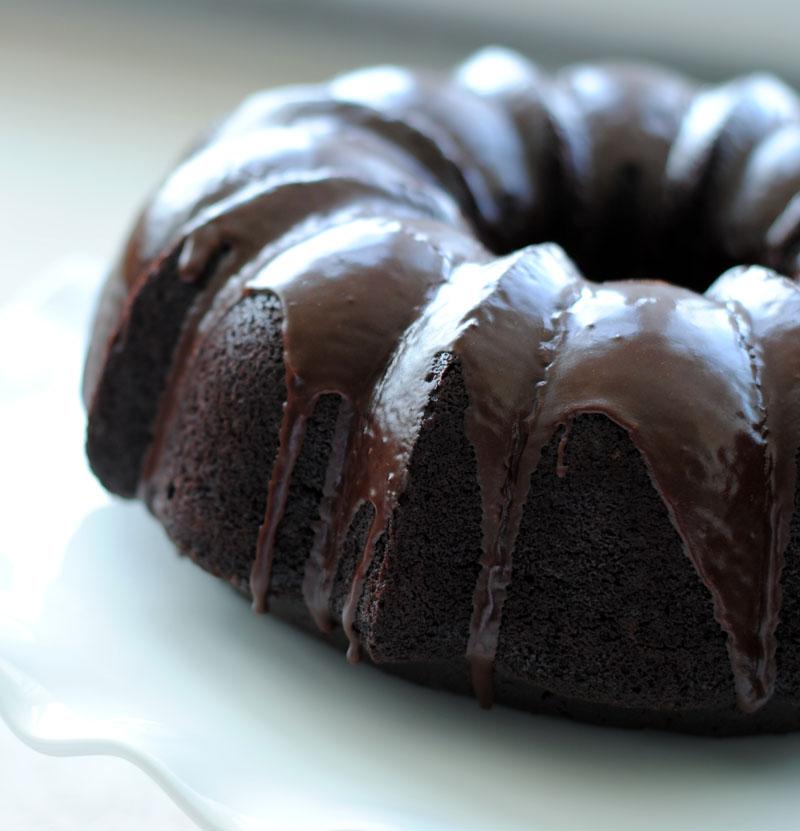 Leanne Bakes Spiced Rum Chocolate Bundt Cake