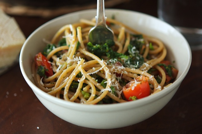 Whole Wheat Spaghetti with Greens and Cherry Tomatoes
