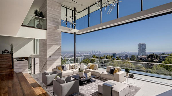 luxury property in LA