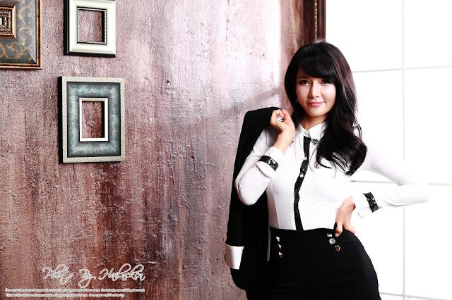 Cha Sun Hwa - Sexy Office Girl