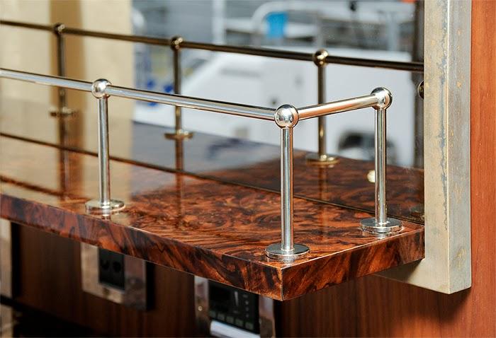 kirolite antique metal look is just stunning. Black Bedroom Furniture Sets. Home Design Ideas