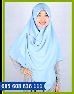 hijab segi empat ke kantor